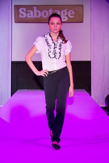 f3e347963be7 Коллекции одежды  Каталоги И Журналы Модной Женской Одежды 2014 2015